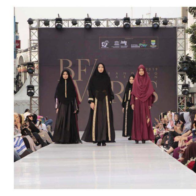Rosmala Syari Menuju Kiblat Fashion Muslim Dunia